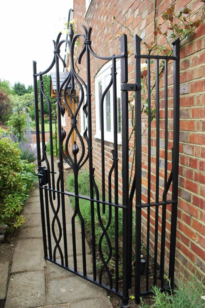 A finished Gate